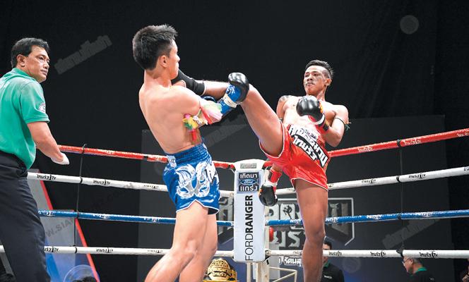 ศึกมวยไทยรัฐช้างศึกเสียบคว้าแชมป์135ป.